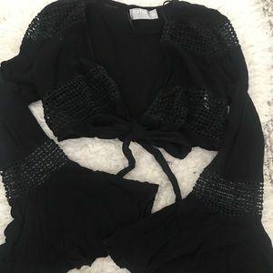 LF black tie front top